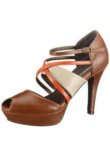 Салон обуви каприз